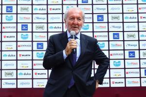 Francesco Ghirelli, Präsident der Lega Pro, war ebenfalls bei der Mannschaftsvorstellung anwesend.